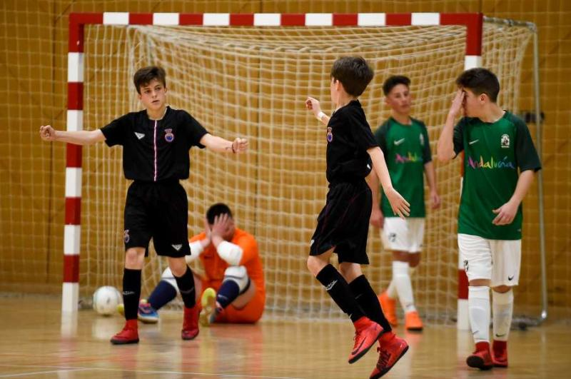 La selección infantil de fútbol sala vence a Andalucía y se mete en la  final del Campeonato de España 57649f361241b